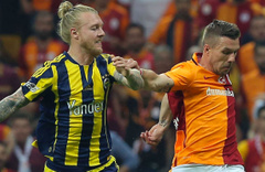Fenerbahçe Kjaer'i ikna etti sıra Sevilla'da
