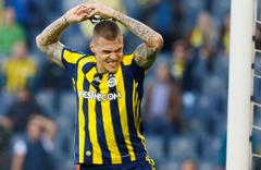 Skrtel Fener'den ayrıldı Süper Lig takımıyla görüşüyor