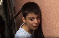 İstanbul Kağıthane'de bir çocuğun koluna demir saplandı