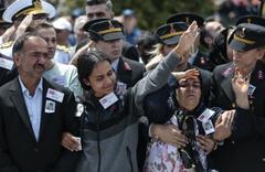 Jandarma Astsubay Üstçavuş Cengiz Tokur'un cenazesinde yürek yakan görüntüler
