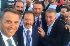 Başkanlardan güne damga vuran fotoğraf!