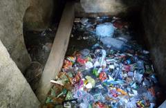 Esenler'de 400 yıllık tarihi su sebili çöplüğe döndü