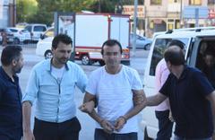 İmalatçılardan topladığı 30 kilo altınla kaçtığı öne sürülen kuyumcu yakalandı