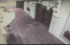 İstanbul zihinsel engelli genç girdiği camiyi kundaklandı