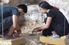 Mağaradaki kazıların son gününde '350 bin yıllık balta' sürprizi