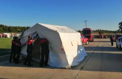 Denizli'de depremzedeler için konaklama çadırlar kuruluyor