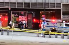 New York metrosunda şüpheli paket paniği! Yolcular tahliye edildi