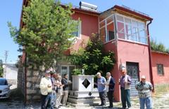 Sivas'ın Zara ilçesinden herkes aynı rüyayı görünce kabir yaptılar