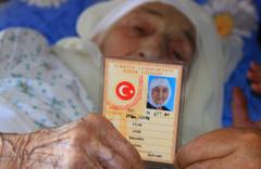 Muğla'da yaşayan 113 yaşındaki Ayşe Uçar 3 padişah 12 cumhurbaşkanı gördü