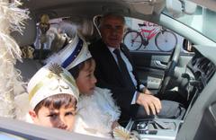 Makam araçları sünnet arabası kendileri şoför oldu