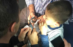 Çankırı'da parmağı metal halkaya sıkışan çocuğu itfaiye kurtardı!