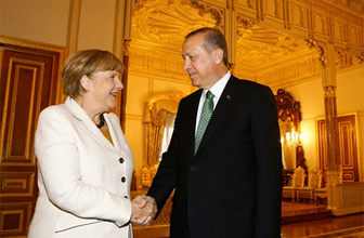 Merkel ile Erdoğan ile görüştü, Türkiye'nin AB üyeliği ve vize için söz verdi