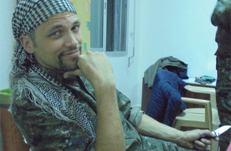 ABD'li YPG savaşçısından Davutoğlu'na cevap!