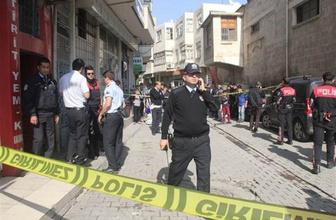 2 Suriyeli gazeteci kafası kesilerek öldürüldü