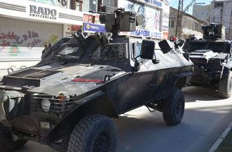 Van'da Öcalan eylemine müdahale! 22 gözaltı!