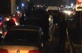 İstanbul'da askeri araca ateş açıldı