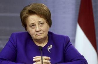 Letonya Başbakanı Straujuma istifa etti