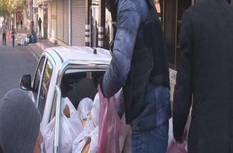 Diyarbakır'da polis ekmek dağıttı