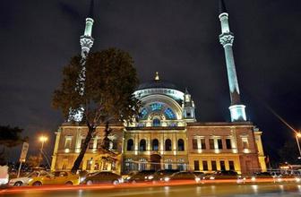 Beşiktaş'ta sabah namazı buluşması