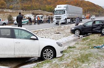 Kar kaza getirdi 12 araç birbirine girdi