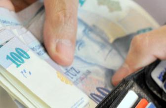 Sivas'ta işsiz genç bir cüzdan dolusu para bulunca...
