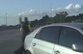 Polisi zıplatan kaza rekor kırıyor! Kadın sürücü hakimiyeti kaybedince...
