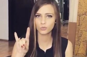 Vatan Marşı'nı işaret diliyle söyleyen kız
