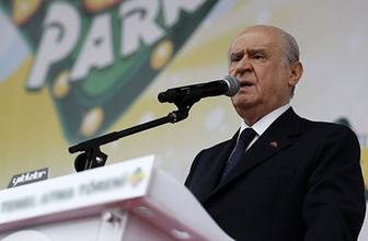 MHP kurultayı öncesi Bahçeli'den son uyarı