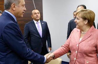 Merkel ile Erdoğan arasında ilginç diyaloğ! Elleriniz soğuk...