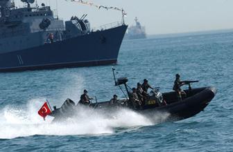İngiliz gazeteden darbe iddiası: Donanmanın 14 gemisi kayıp!