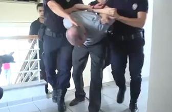 Polis Başbakanlığın etrafını sardı kimliklere el konuldu