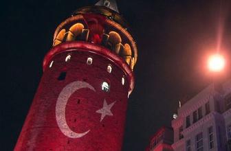 Galata Kulesi, Türk Bayrağı'na büründü