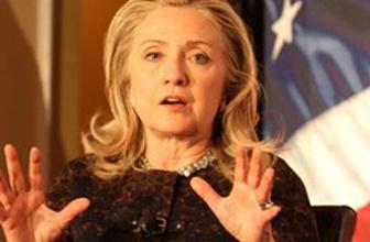 Clinton'ın e-posta skandalından hapis cezası çıktı!