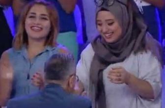 Mehmet Ali Erbil'in başörtülü kıza yaptığı olay oldu!