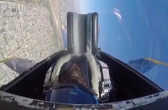 Kadın pilot kokpitte baygınlık geçirdi!