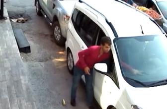 Otomobilden hırsızlık anı güvenlik kamerasında