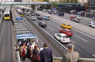 Yok böyle kurnazlık! Metrobüs turnikesinin önünde bekle köşeyi dön