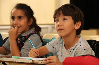 Nitelikli eğitimin kapıları AKBEM'le aralanıyor