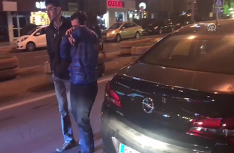 Yeni aldığı otomobille kaza yapan sürücü gözyaşı döktü