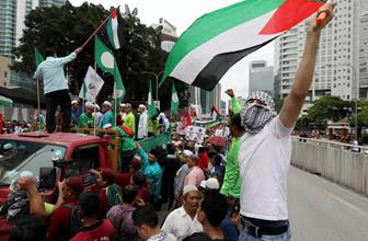Malezya'da İsrail ürün ve işletmelerini boykot çağrısı