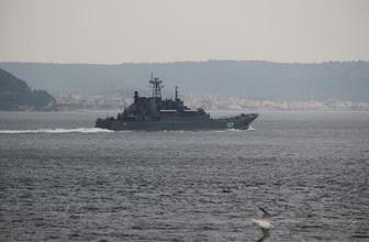 Rus savaş gemisi boğazdan geçti!