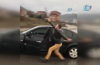 Giden arabadan inip Ankara havası oynadı, bagaja binip göbek attı