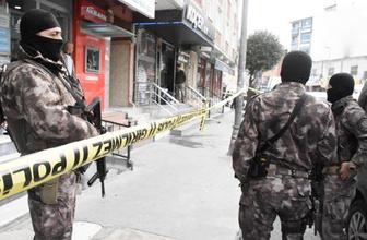 Esenler'de kuyumcu soygunda çatışma ölüler ve yaralı var