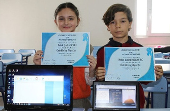 Balıkesirli 2 öğrenci Türkiye'nin gururu oldu