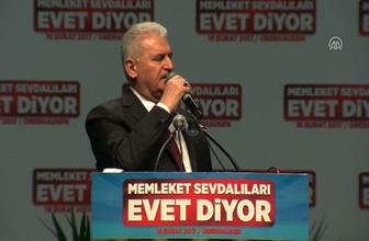 Başbakan Yıldırım 'Burada asla yalnız değilsiniz, sizin arkanızda 80 milyonun duası var'