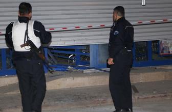 Adana'da bir markete ses bombalı saldırı