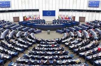 Avrupa Parlamentosu'ndan referandum tehdidi!