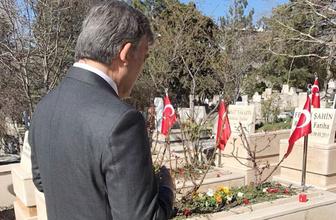 Hayır verdi denilen Abdullah Gül'ün twitterına bakan...