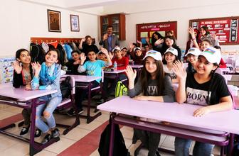 Kızılay'dan 23 Nisan'da çocuklara özel maden suyu