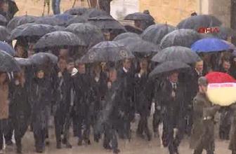 Anıtkabir'de kar altında devlet töreni böylesi görülmedi!